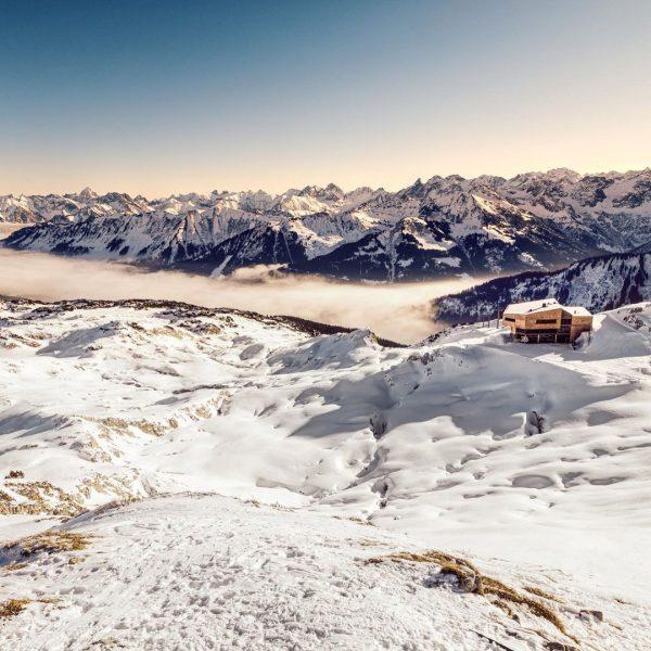 Besonders im Winter wird der Hohe Ifen und das Gottesackerplateau unterhalb zu einem ...