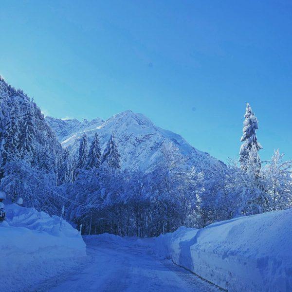 #homesweethome #homeiswherethemountainsare #winterwonderland #kleinwalsertaltravel #kleinwalsertal #mountains #winter #mountainview #lovethisplace #bestview #mittelberg #bärenkopf Kleinwalsertal.com