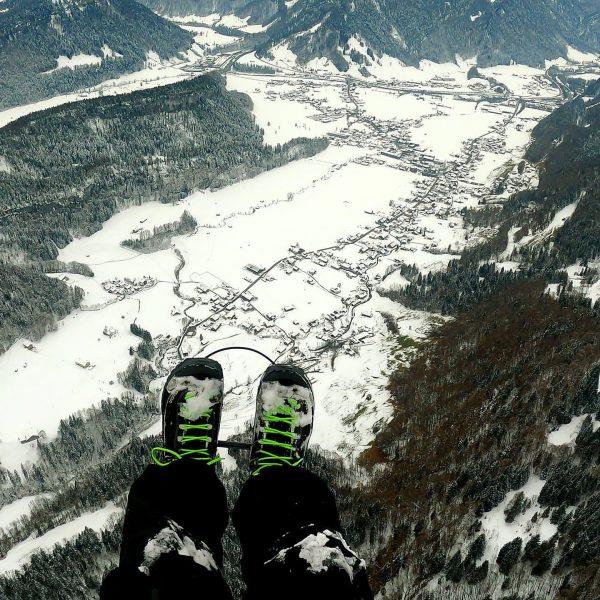 #paraglidinglove #paragliding #novagliders #vorarlberg #bezau #bregenzerwald #wunderschön #winterwonderland #woodyvalley #flyinglikeabird #weltvonoben Bezau