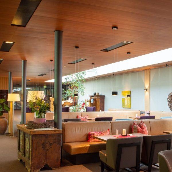 Unsere Hotelrezeption ist Mo-Fr von 09.00 - 12.00 Uhr besetzt. Sie erreichen uns ...