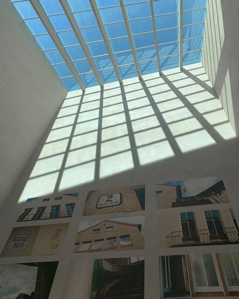 #bregenz #bregenzphotography #vorarlberg #vorarlbergmuseum #architecture #amazearchitecture #architecturephotography #architecturelovers #museumarchitecture #shotoniphone #apple #applephotography #adobe ...
