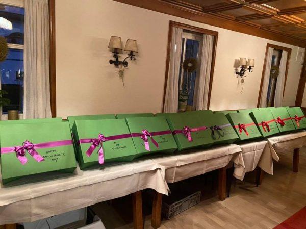 🌹 Happy Valentines Day 🌹 Vorbereitungen für unsere Valentines Genuss Box sind im ...