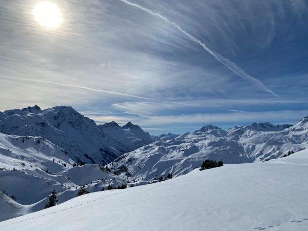 Last weekend's skiing fun ⛷❄☀😍 #winterkodexvorarlberg #skiingfun #collectmoments #lechuers #visitvorarlberg #myvorarlberg #austriacares Lech ...