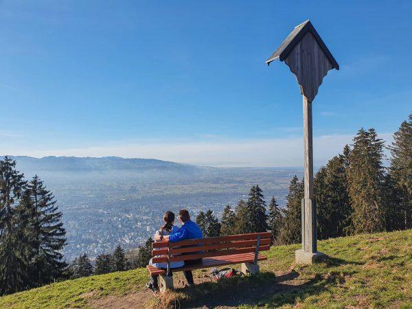 Erste kleine Wanderung zur Alpe Schwende im Februar. 🥾 Eine wunderschöne, frühlingshafte Woche ...
