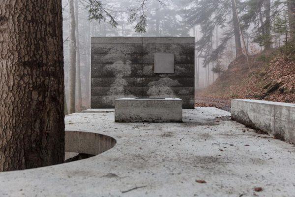 Open Air Exhibition 'Masellahütte' #constructionsite by Marte.Marte Architects #martemartearchitects #exhibitionbuilding #abstractarchitecture #minimalismarchitecture #architecture ...