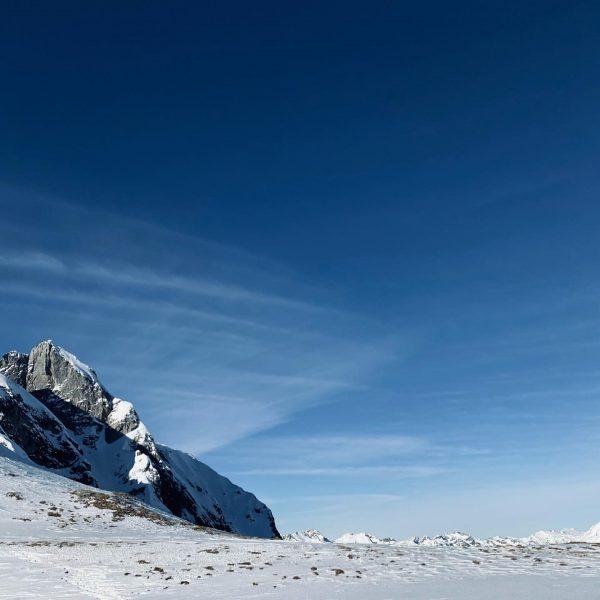 open world . . . #sportalplech #sportalpwaldhart #austria #vorarlberg #mountains #alps #arlberg #lechamarlberg #lechzuers #omeshorn #snow #cold...
