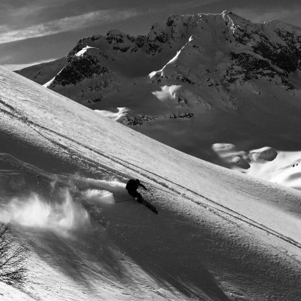 Ned so schlecht für Mitte April ☝🏼😎 #blizzardskis #tecnicaskiboots #arlberg #zürs #lechzuers #mmmgut ...