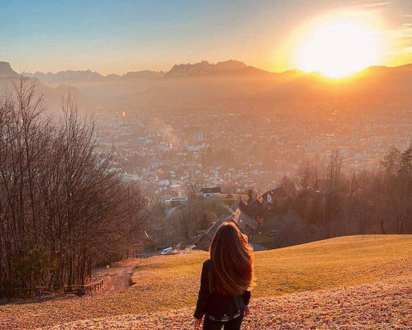 #sunsetsandmountains 👌🏼 #vorarlberg #austria #österreich #mountains #nature #bodensee #alps #dornbirn #visitvorarlberg #bregenzerwald #berge ...