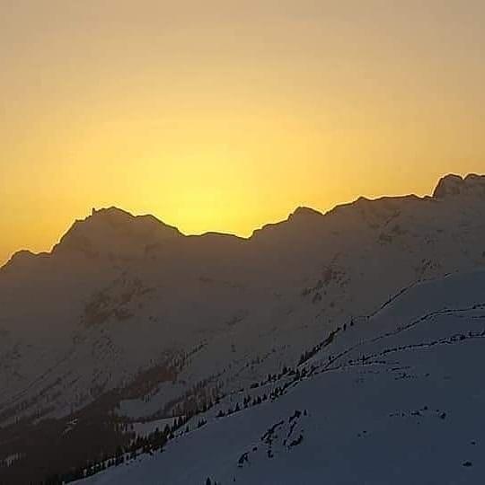 ☀️ 🌟 Schätze jeden Augenblick 🌟 ☀️ Ein wunderschönen Sonnenuntergang in den Bergen... ...