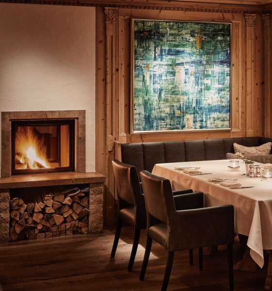 Our half-board option assures a cosy and private ambiance in our Picea restaurant ...
