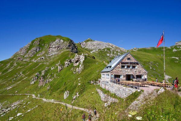 🇱🇮 Unique station de ski du pays et située à une altitude de ...