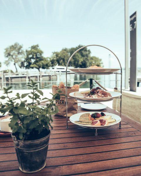 Hol dir dein kulinarisches Highlight nach Hause mit unserer beliebten Frühstücksbox! Für einen ...
