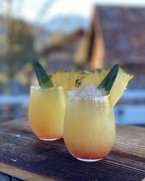 Der Frühling kann kommen.... Mit unseren Pineapple Sunrise beGin! Der Moment kommt und Ihr könnt Ihn genießen....