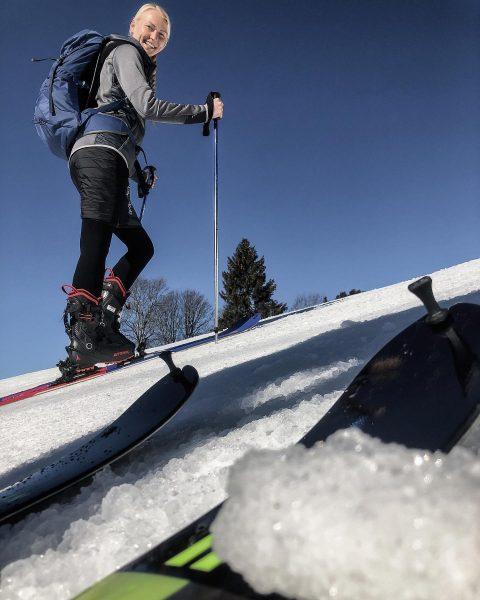 """""""Freude ist das elfte Gebot."""" (P. Handke) #reunion #skitouring #vorarlberg #meinvorarlberg #laterns #timewithfriends ..."""