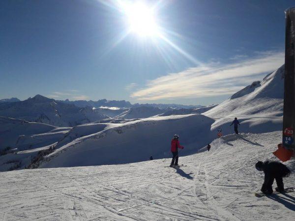 Sonnenskilauf im #skigebietmellaudamüls 🌞⛷ . . . #h #hoteldiewälderin #bergbahnmellau #visitaustria #visitbregenzerwald #visitvorarlberg ...