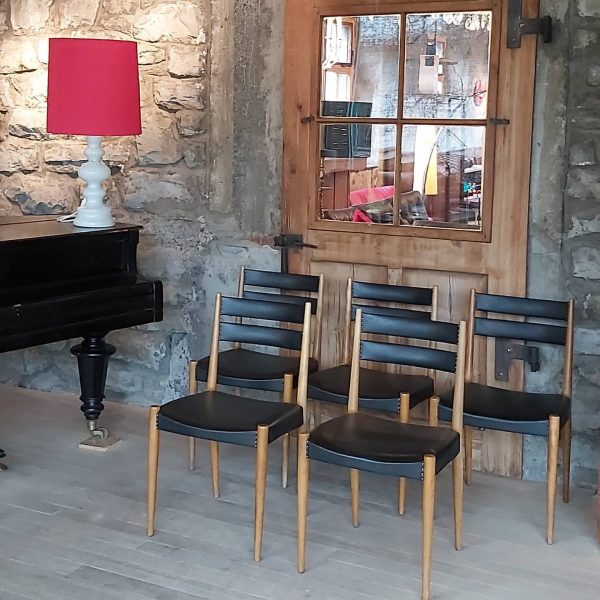 new arrival, 60er Jahre Lederstühle, 6 Stück vorhanden Alberschwende