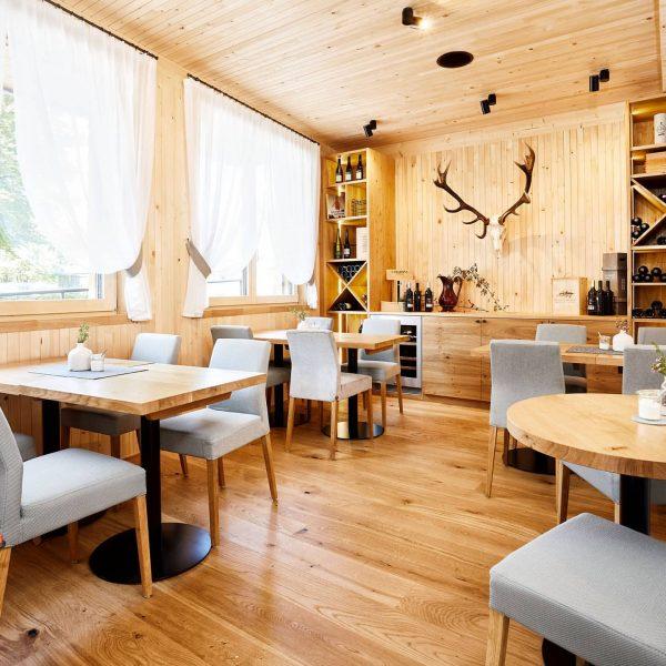 Liebe Gäste 💜 Ab Montag den 15.03.2021 dürfen Restaurants in Vorarlberg unter best. ...