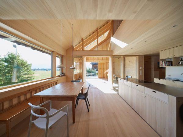 HEHL.TENNE.015.005 #architecture #vorarlberg #bregenzerwald #interiordesign #design #timber #oeooo @lukas_gaechter_photography Bregenzerwald