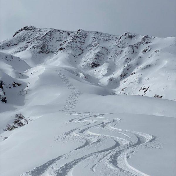 there's lots of powpow on the way . . . #sportalplech #sportalpwaldhart #austria #vorarlberg #mountains #alps #arlberg...