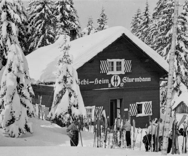 Vereins-, Schutz- und Skihütten auf dem Bödele Das Dornbirner Vereinswesen blühte im 19. Jahrhundert, Industrielle und Bürger...
