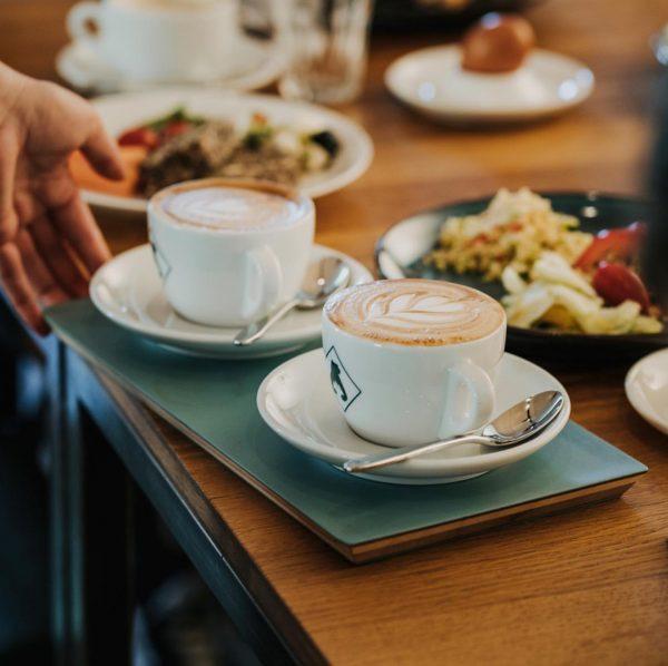 Das Café Deli öffnet wieder am Freitag 19.3. mit regionalem Superfrühstück von 9-13 Uhr, danach leckeren hausgemachten...
