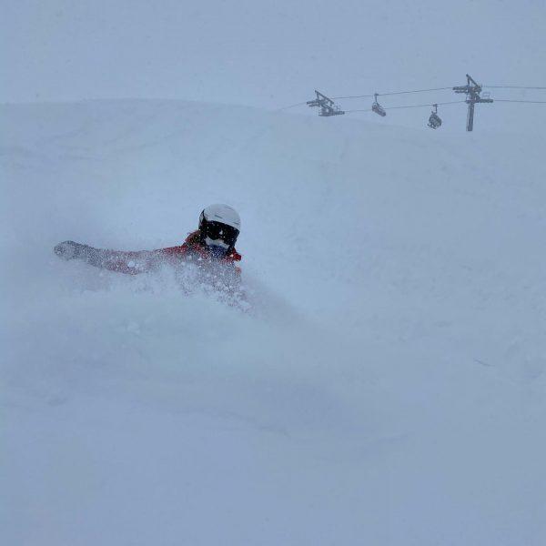 snow without limits . . . #sportalplech #sportalpwaldhart #austria #vorarlberg #mountains #alps #arlberg #lechamarlberg #lechzuers #omeshorn #snow...