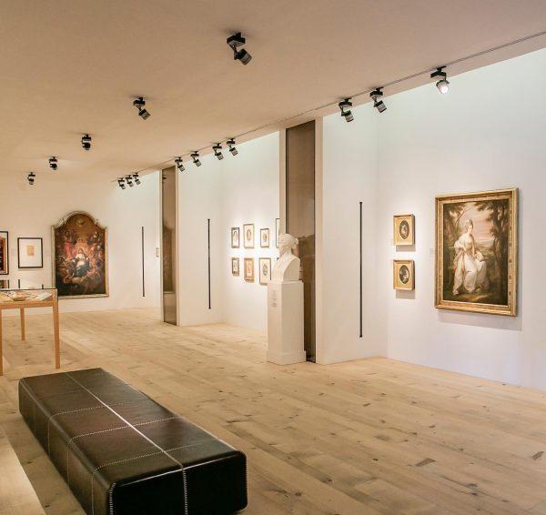 Hurra 🙌 auch unsere Gastronomie darf wieder öffnen und feine Zeiten voller Kunst und Genuss in Schwarzenberg...