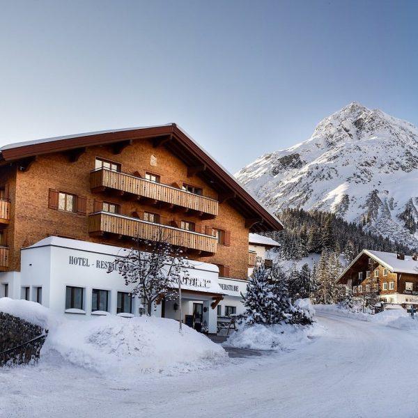 🇮🇹 Gestito dalla famiglia Walch da ben tre generazioni, il Gotthard è da ...