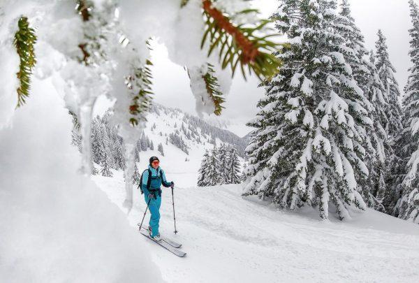 uf am weg ... ins wirtshus 🤩 #laterns #falbastuba #skitouring #mountainlove #vorarlberg #meinvorarlberg ...