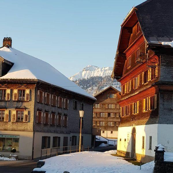 Dorfzentrum Schwarzenberg♡ - immer ein schönes Fotomotiv, das nie veraltet! Wer weiß wie ...
