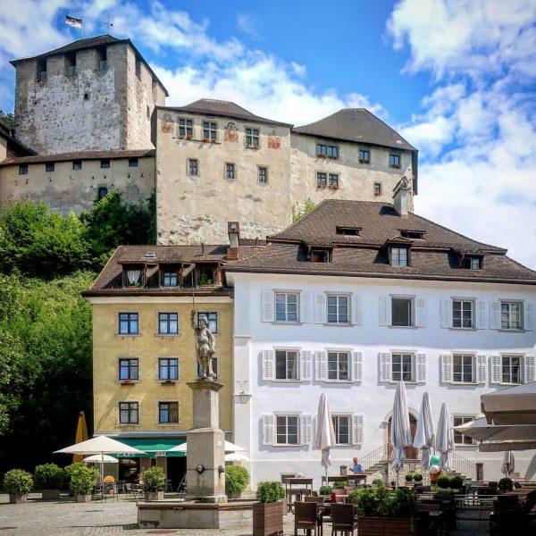 Feldkirch, Schattenburg, Juni/ June 2020 #austria🇦🇹 #österreich #austria #autriche #vorarlberg #feldkirch #schattenburg #burg ...