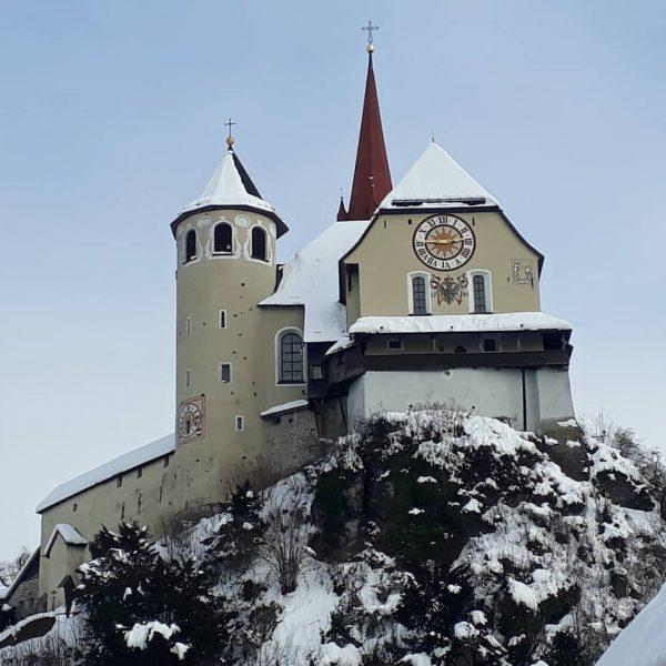 Basilika Rankweil am Liebfrauenberg Die eher an eine Burg wie an ein Gotteshaus erinnernde Basilika von Rankweil...