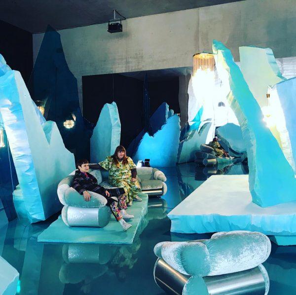 #jakoblenaknebl #ashleyhansscheirl #iceworld #caspardavidfriedrich #polarsea #mirror #lounge #sofa #vintage #schneekugel #snow #1823 #2020 #kunsthausbregenz