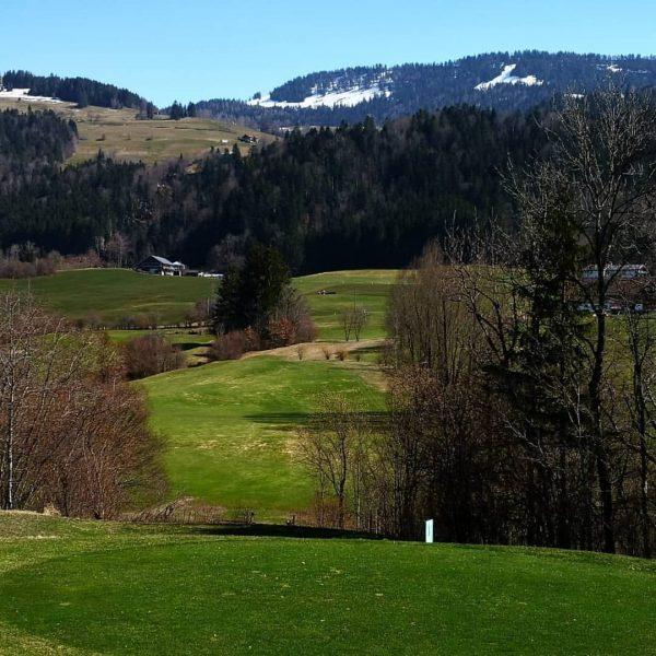 #golfstart #golfparkbregenzerwald #austria🇦🇹 #springiscoming #springtime #golfschule #drivingrange #putting #golfanlage #golfmachtspaß #18loch #www.golf-bregenzerwald.com
