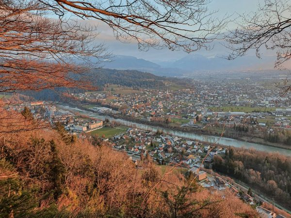 Today's view 😍 - Traumausblick über Wolfurt. 🌄 Die rund 8.500 Einwohner Gemeinde ...