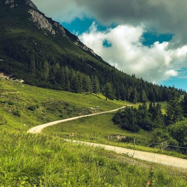 Wenn dich der Berg ruft, muss du einfach folgen. Unsere Wege laden dich ...