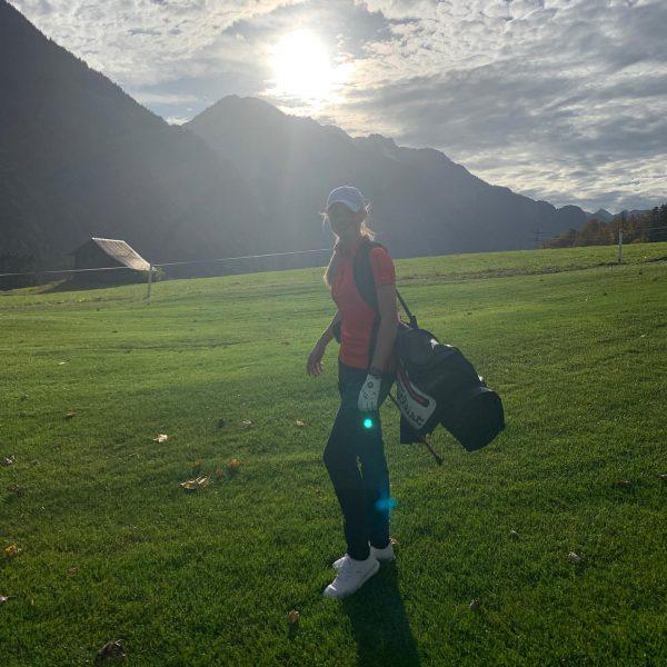 Ein toller Golftag geht zu Ende. Gerade meine neuen Ping G410 Hölzer getestet. ...
