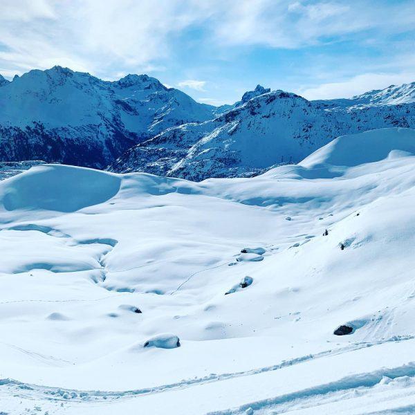 #MOUNTAINLOVE #arlberglove #stantonamarlberg  #lechzuers #skiarlberg #arlberg #lovetirol #tirolliebe #tirol #alps #bestoftirol #bestofthealps ...
