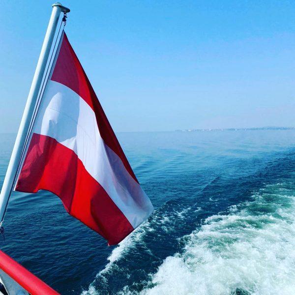 Bilder der ersten Rundfahrt auf dem wunderbaren Bodensee heute! Traumhaftes Wetter ☀️, ein ...