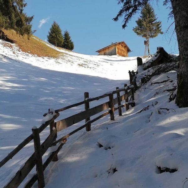 Eine kleine Wanderung zu einem Maisäß oberhalb von Gaschurn Gaschurn, Vorarlberg, Austria