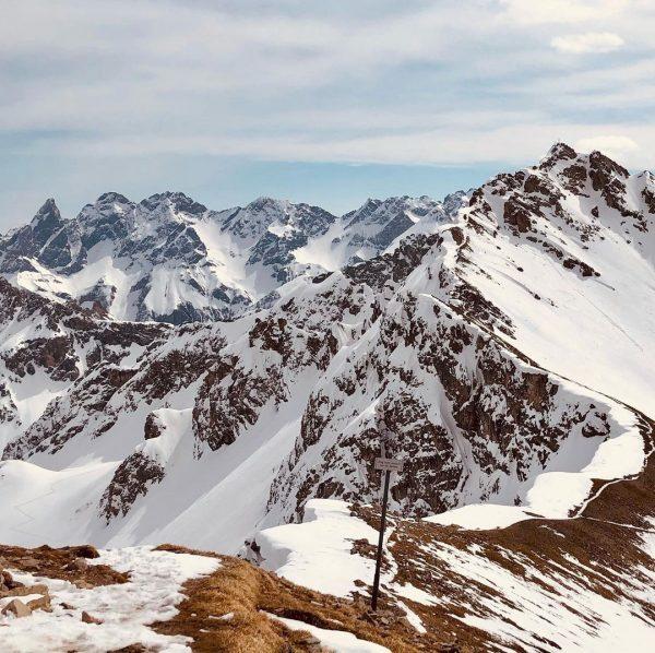 #skitouring🎿 #skitouring #heimatliebe #allgäu #allgäueralpen #kleinwalsertal Hammer Tag 😍
