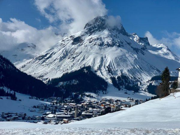 Egal ob Winter, Frühling, Sommer oder Herbst: Die Region Lech Oberlech Zürs bietet ...