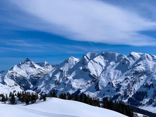 One day for the soul ... . . #skiing #ski #lechzuers #vorarlberg #arlberg ...