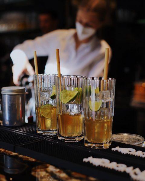 Ab gehts ins Wochenende! 🖤 Reservieren unter: www.jahnhalle.at #jahnhalle #design #shopping #vintage #cocktails ...