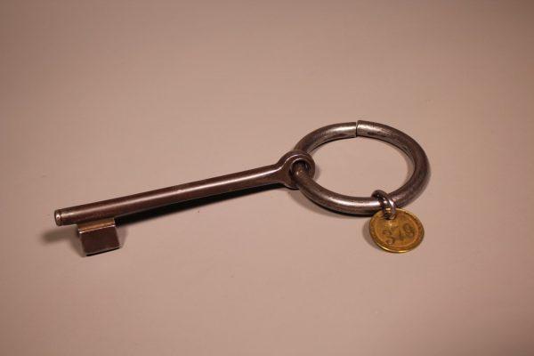Schlüssel zum Glück Der Dornbirner Textilindustrielle Otto Hämmerle kaufte 1901/02 das Gemeinschaftsvorsäß Oberlose ...