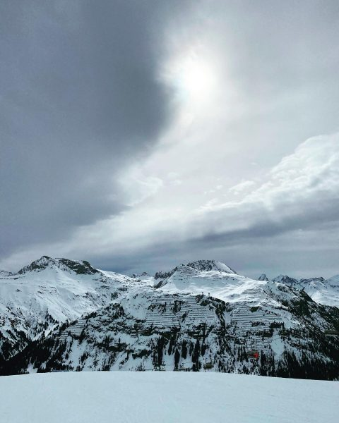Mit diesen Bildern geht die etwas andere Skisaison am Arlberg zu Ende. Die Lifte haben heute ihren...