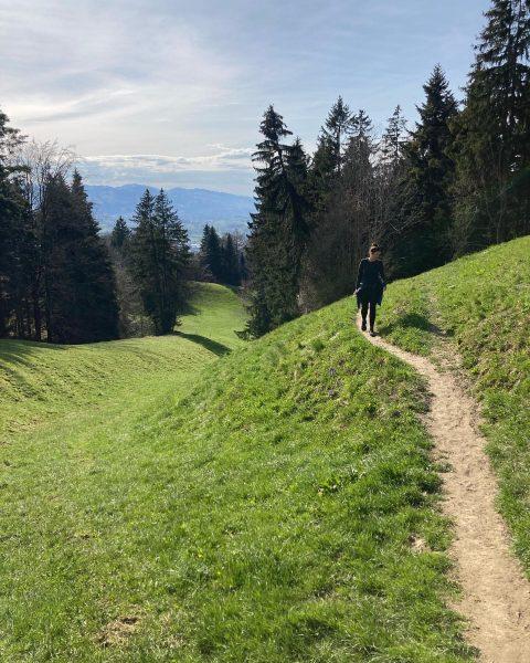 ☀️Happy Weekend ☀️ #ausgleich #wochenende #natur #wandern #frühling #sonne #glücklich #bildstein #wolfurt #zeitzuzweit ...
