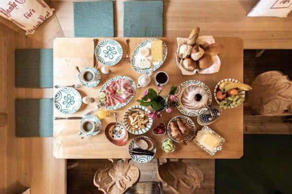Zusammen ZEIT ⏰ verbringen - der Morgen☀️ ist soooo lang🍀 Frühstück im GÄMSLE🌷🌷🌷 ...