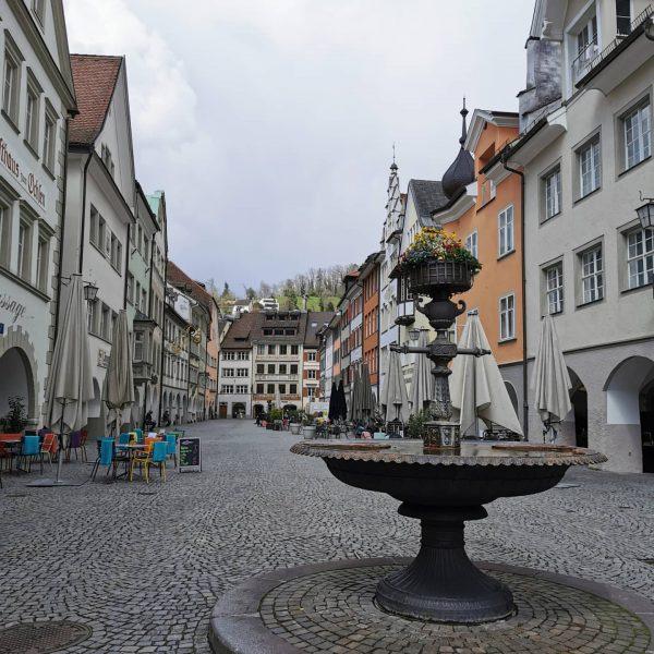 A schöß Städtle😁 üser Feldkirch!!! Es fehlt die Normalität... #shoplocal #feldkirch_vorarlberg #gastronomie #shoppingtime🛍 ...