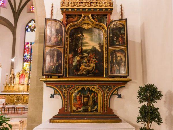Vor 500 Jahren wurde im heutigen Dom von Feldkirch der berühmte St. Annenaltar ...
